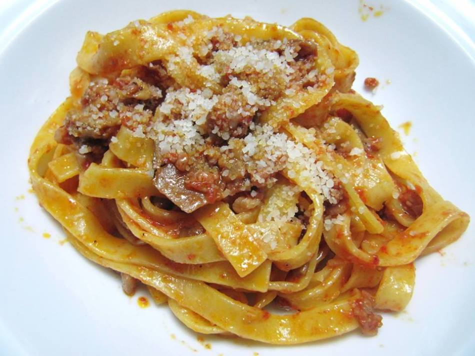 fettuccine-with-mushroom-ragu-austin-italian-food-il-forte